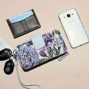 Vera Bradley Iconic RFID Smartphone Wristlet NWT